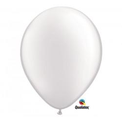 Gyöngyház fehér színű gumi lufi 28 cm