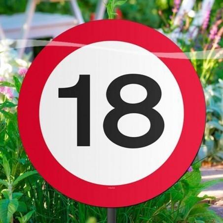 18-as sebességkorlátozós kerti tábla