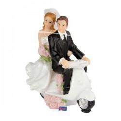 Esküvői Pár Robogón Tortadísz