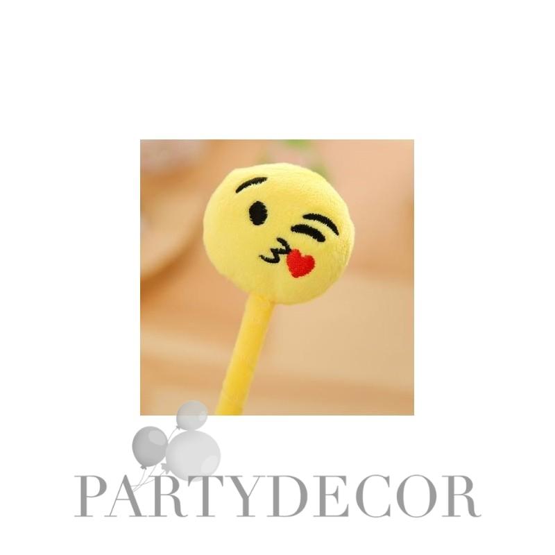 puszit küldő képek Emoji plüss toll puszit küldő puszit küldő képek