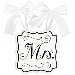 Mrs feliratú esküvői tábla