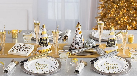 szilveszteri asztalterítés dekoráció