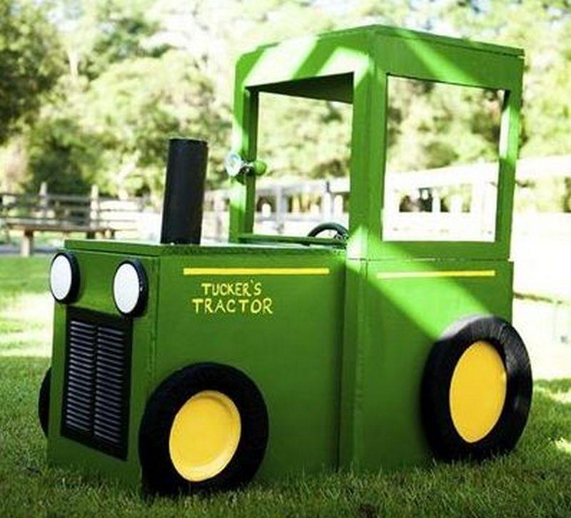 játék traktor